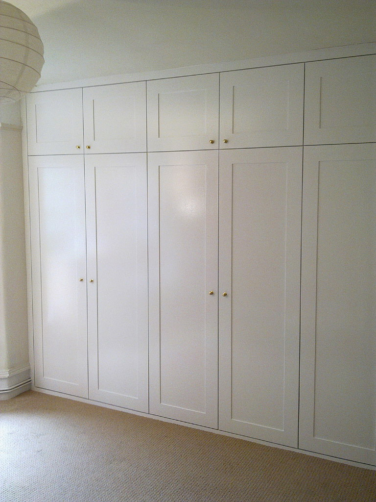 shaker_doors-fitted-wardrobes-huddersfield